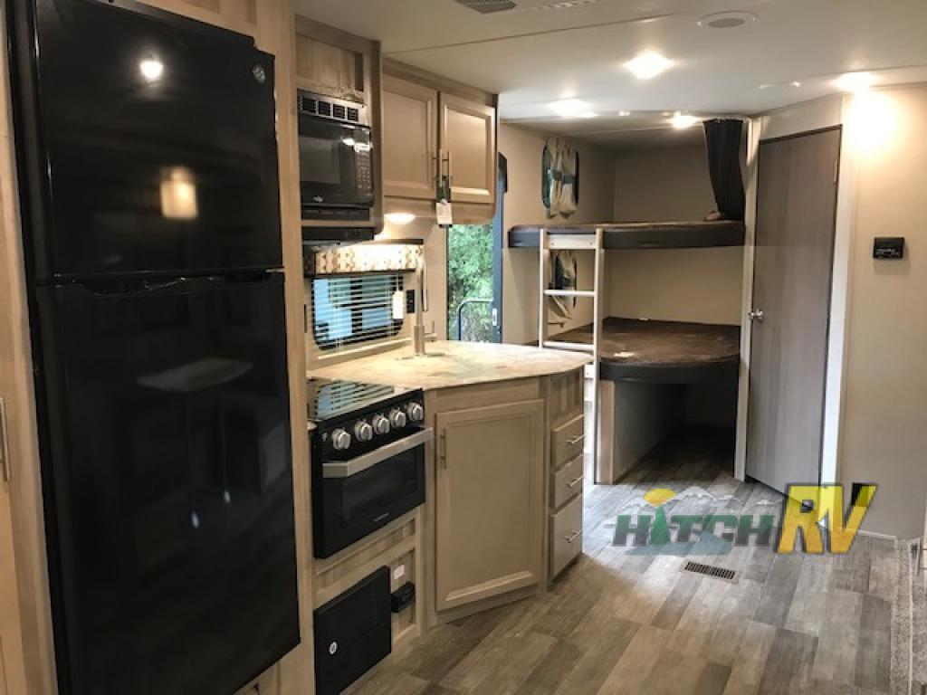 Coachmen Kitchen